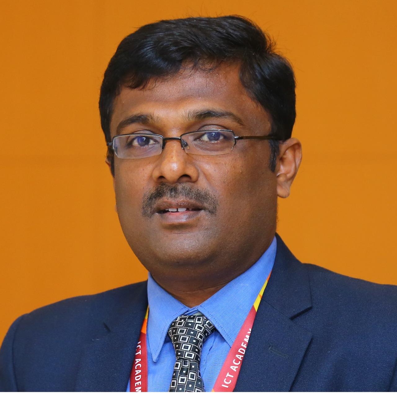 Dr Anbuthambi B